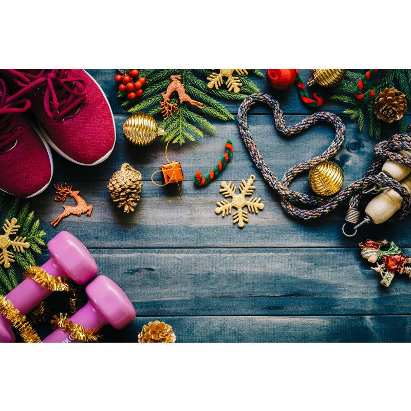 5 HOLIDAY EXERCISES TO KEEP YOU FEELING MERRY AND BRIGHT
